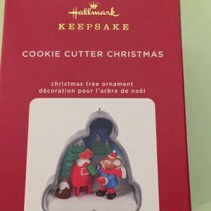 "Hallmark Keepsake  Cookie Cutter Christmas 2 1/2"""